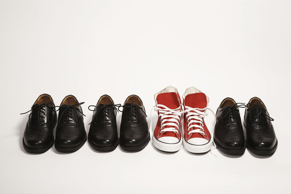 Different_shoes_sneakers